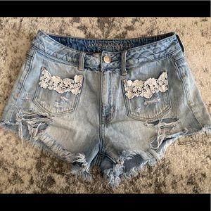 AEO Hi Rise Festival Lace Distressed Shorts Size 4